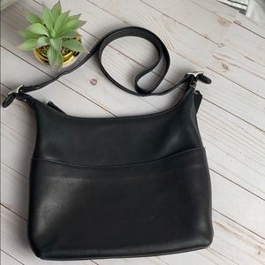 COACH PURSE BLACK WITH NICKLE HARDWARE